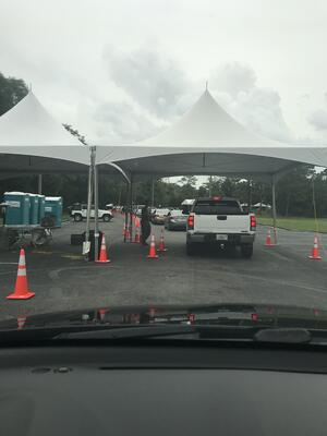 Drive Through COVID testing at UWF